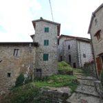 Un viaggio nel tempo a Raggiolo: uno dei borghi più belli d'Italia