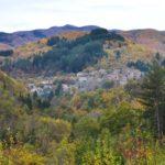 Un borgo immerso nel bosco: Carda
