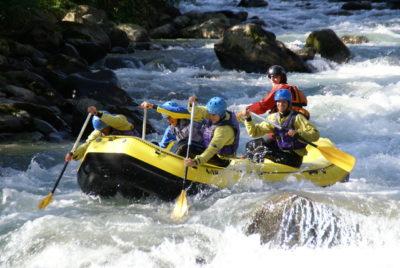 In Trentino il rafting sul fiume Noce, uno dei migliori spot al mondo