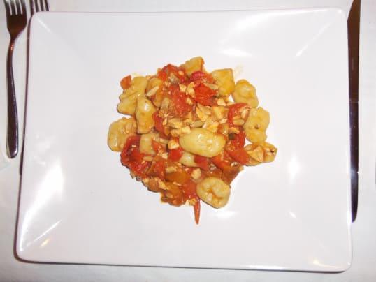gnocchi-patate-pesce-spada-melanzane