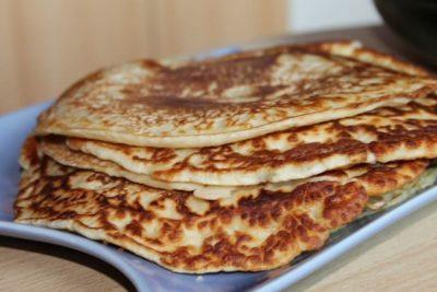 Pancake con crema inglese