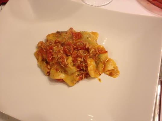 ravioli-scampi-pomodorini-polpa-granchio